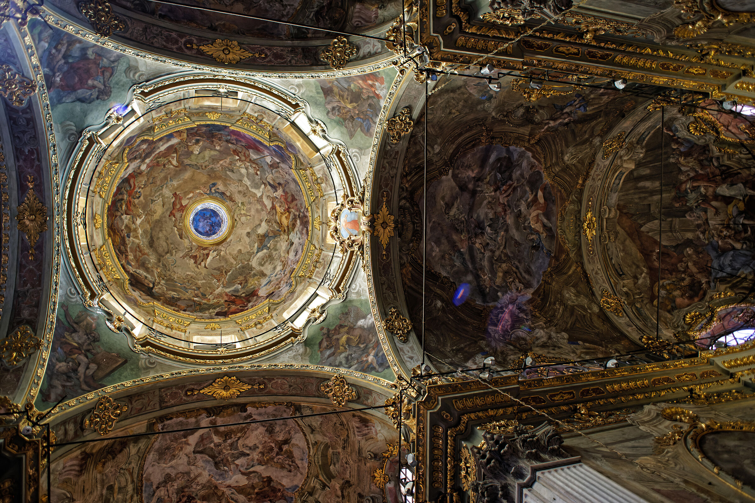 Soffitto della chiesa della Maddalena (centro storico)...