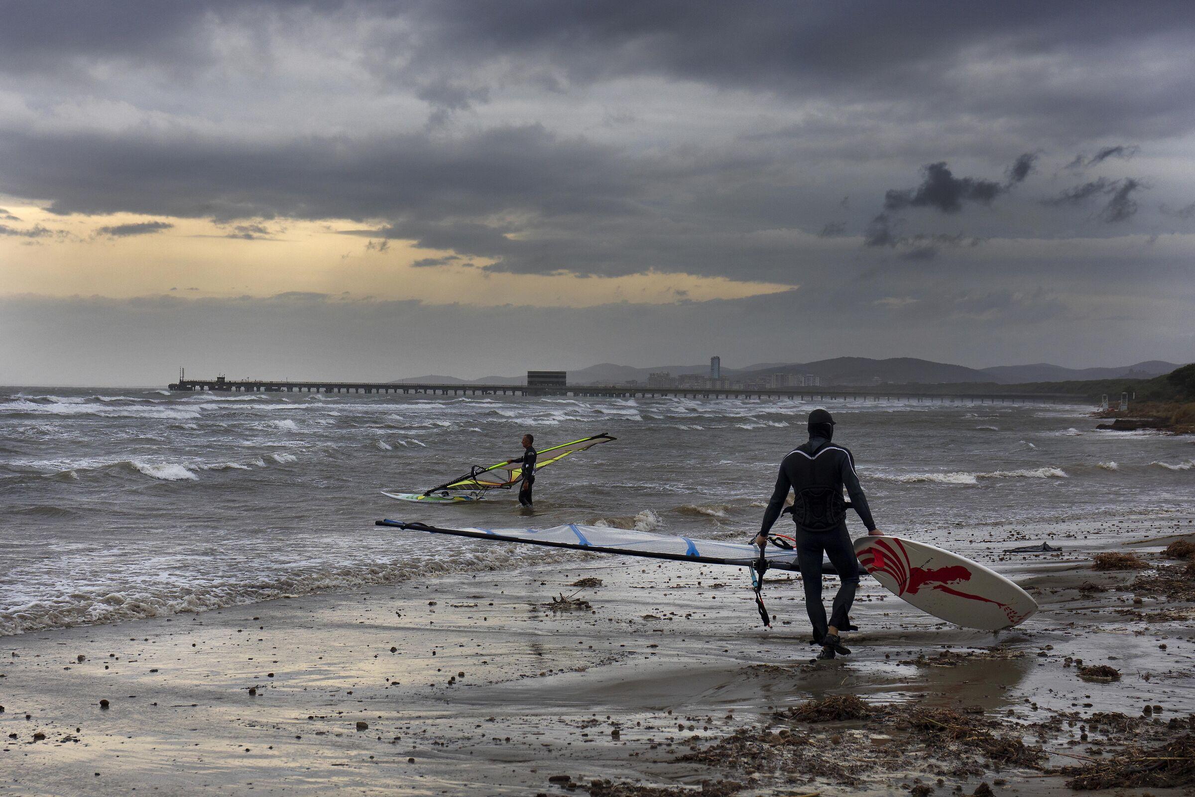 Windsurfing in the Gulf of Follonica...