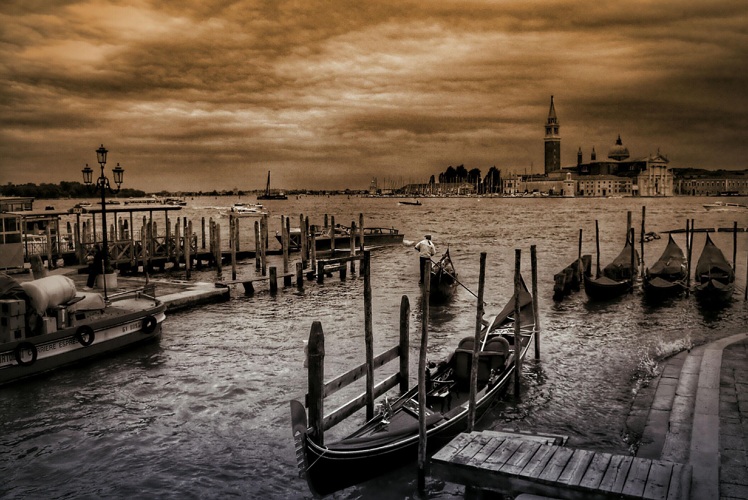 Venice (Vintage)...