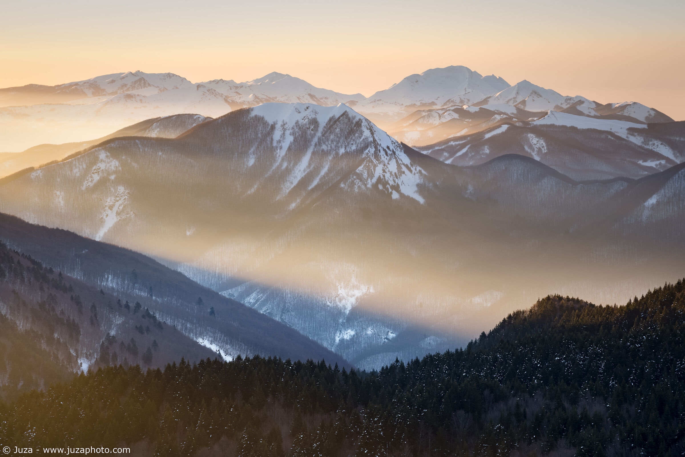 Shades of Dawn, Apennines...