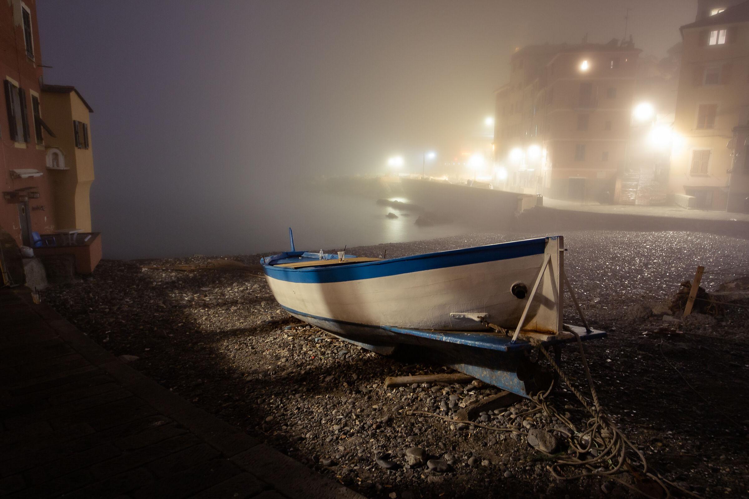 Nebbia marina a Boccadasse...