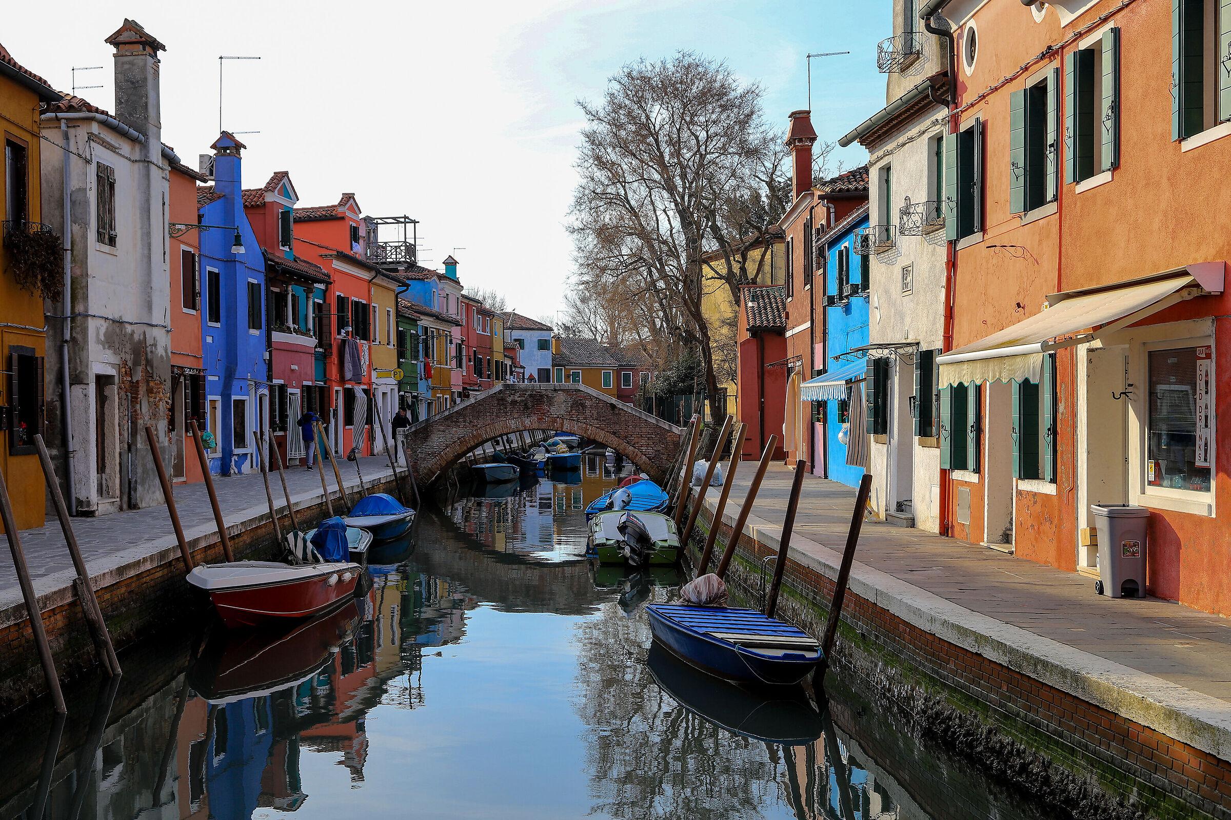 A bridge between colors...