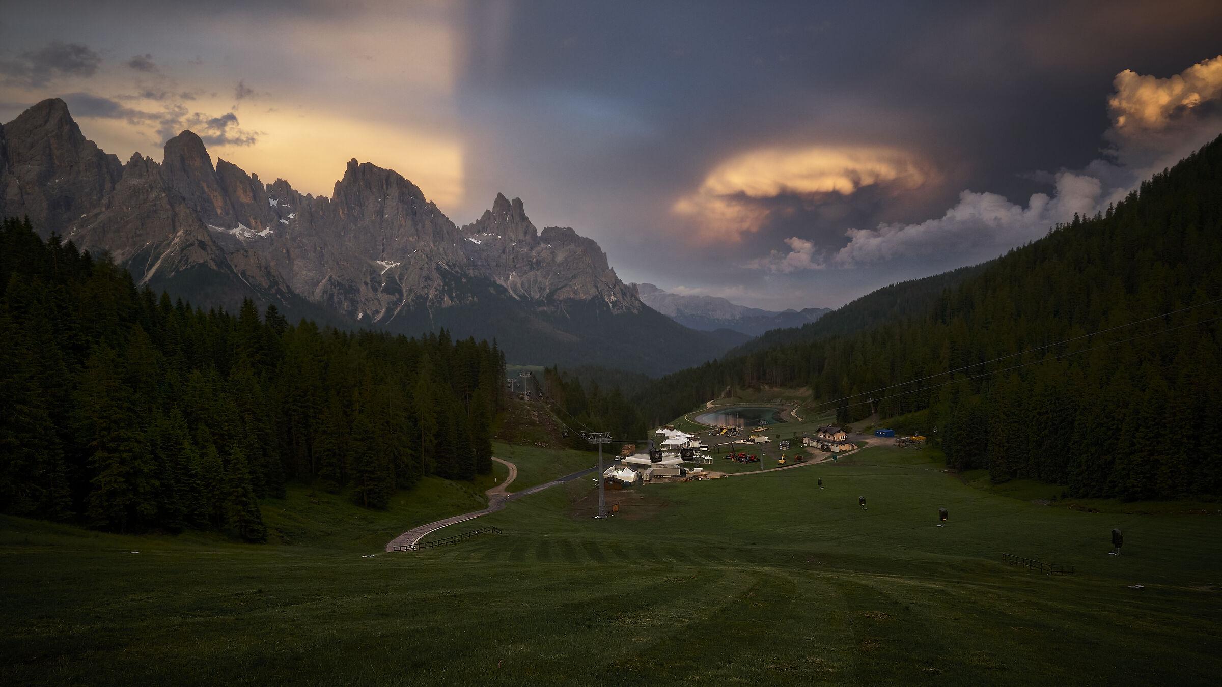 Light from Alpe Tognola...