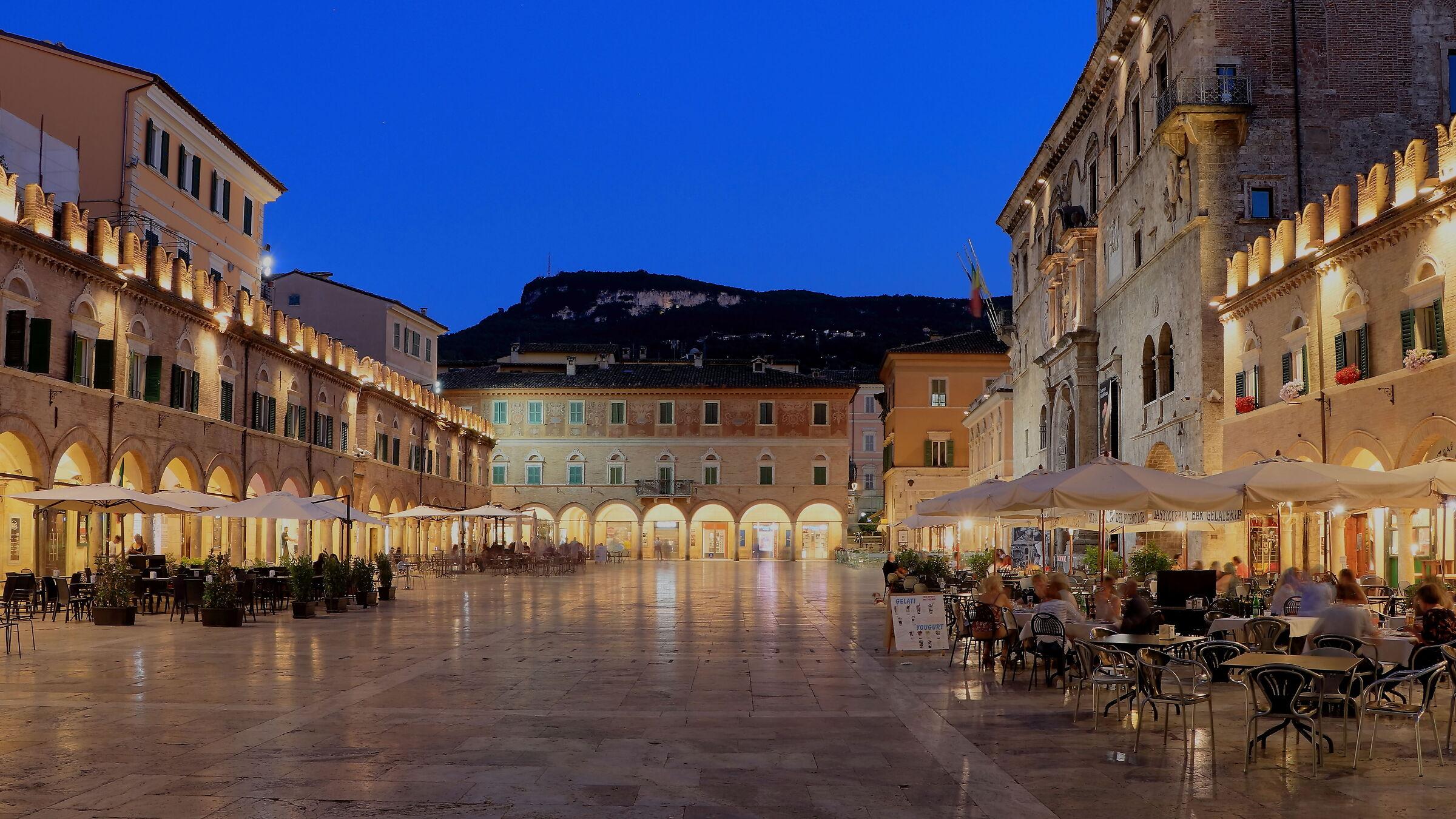 The lights of Piazza del Popolo...