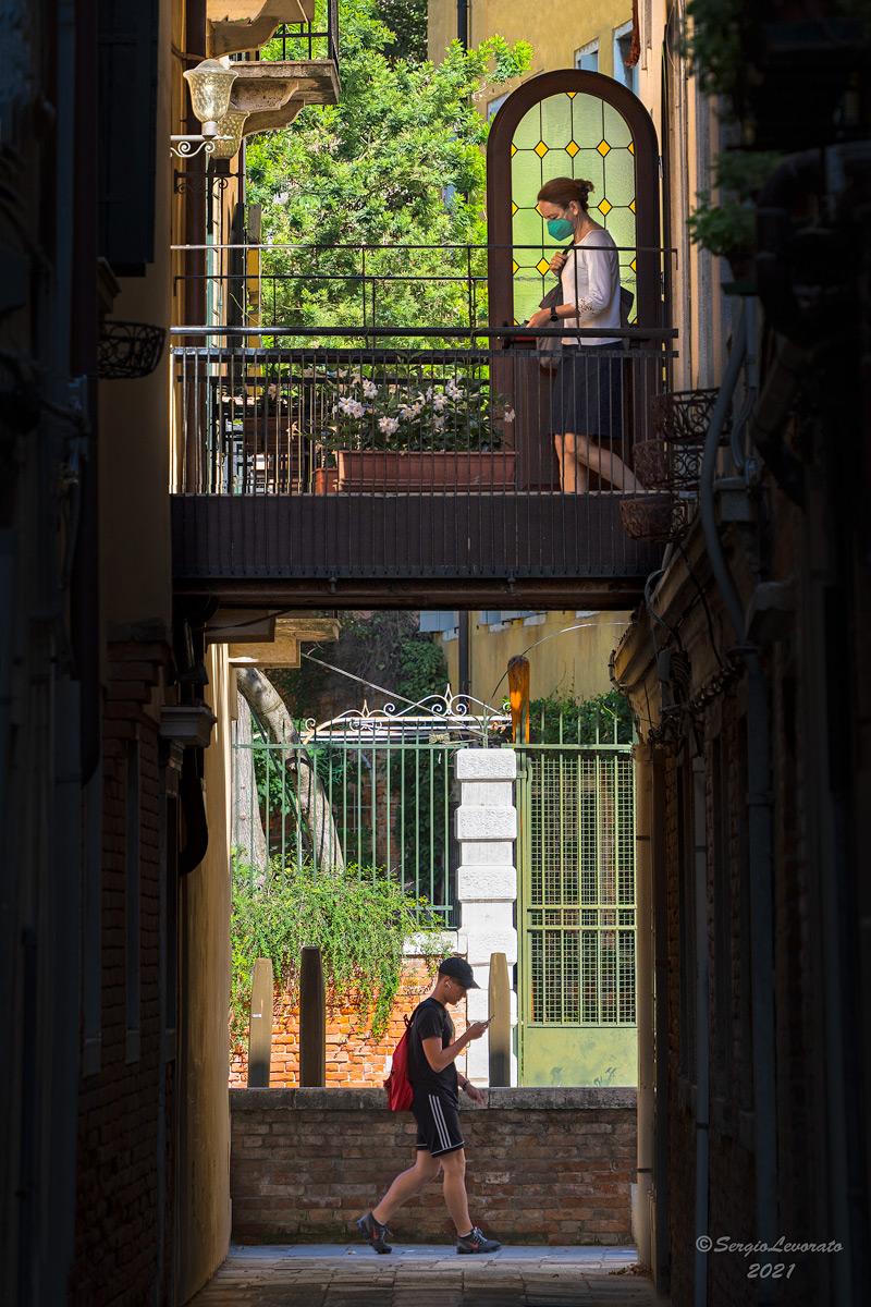 Camminando per Venezia.......