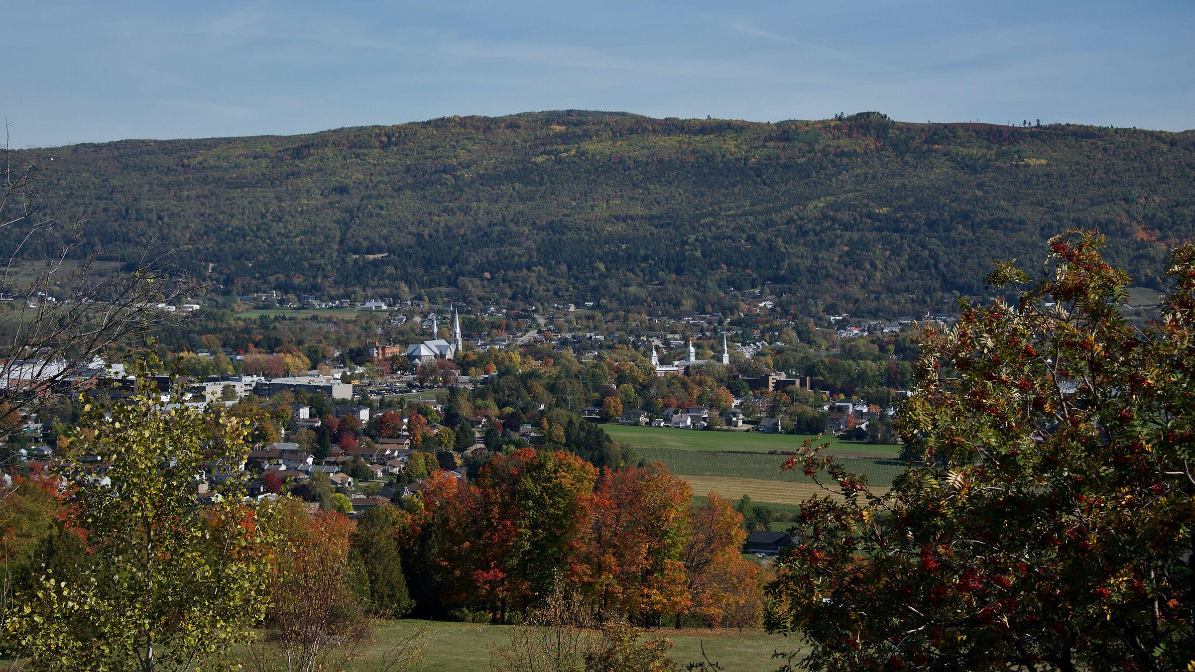 Baie St-Paul, Quebec suburb, Indian summer...