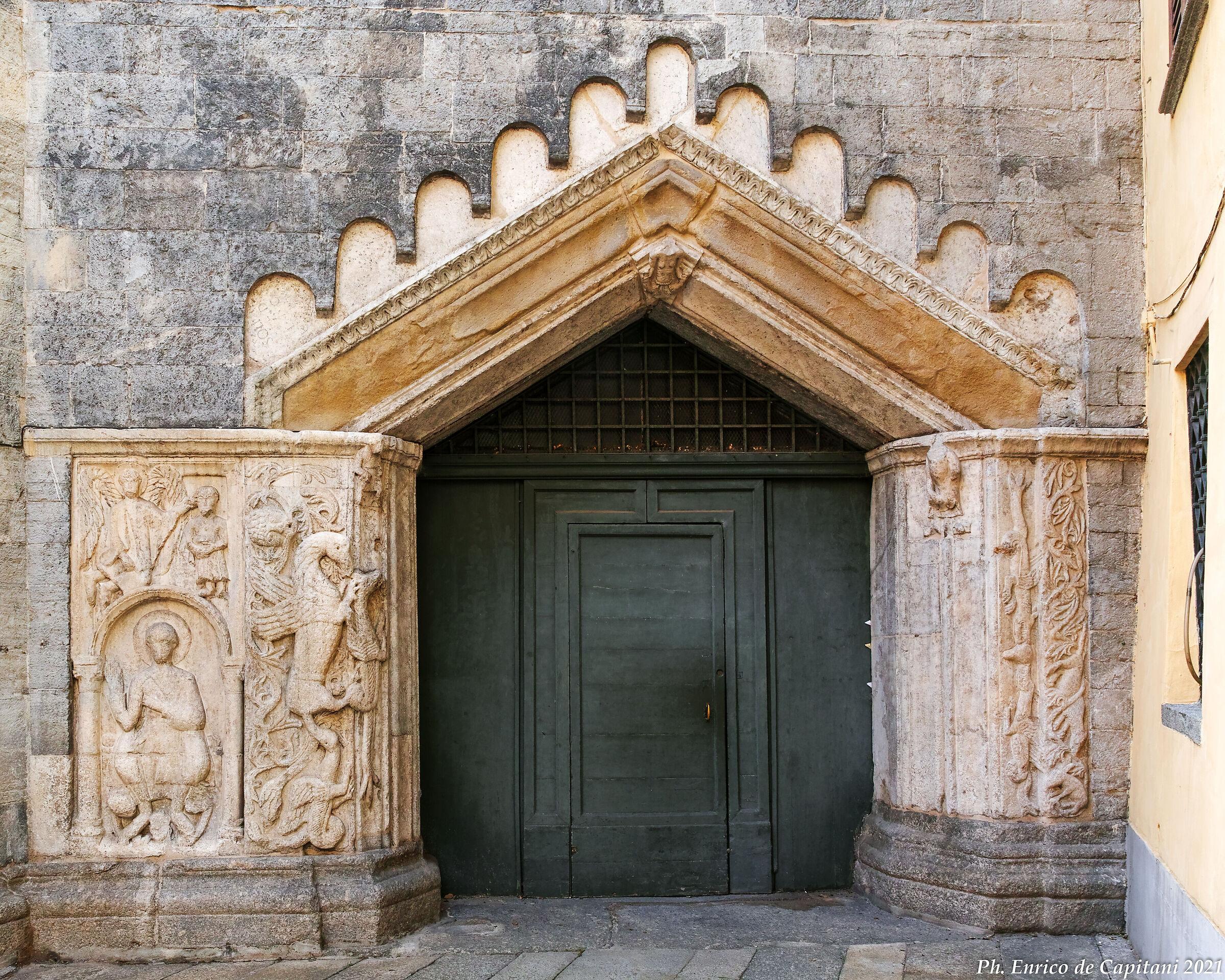 """Il """"portale del drago"""" a Como..."""