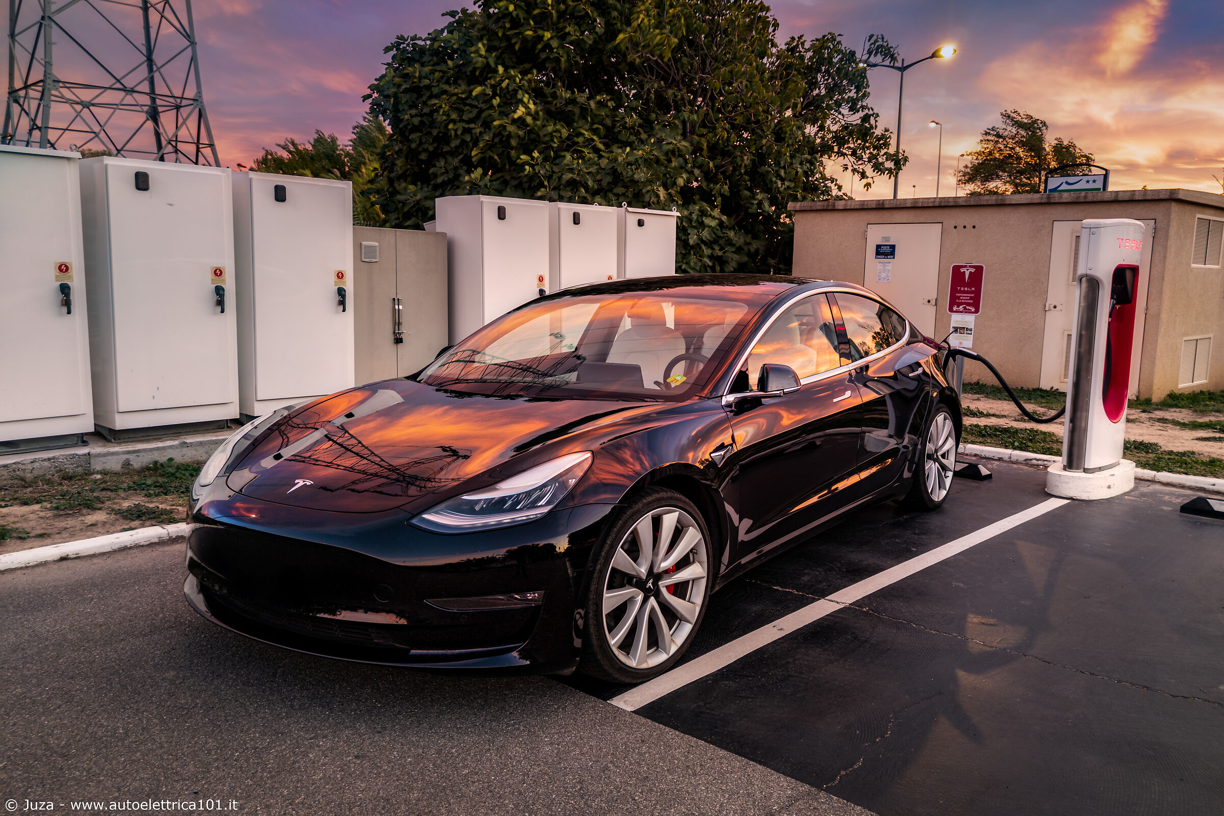 The Tesla dresses in the colors of the sunset...