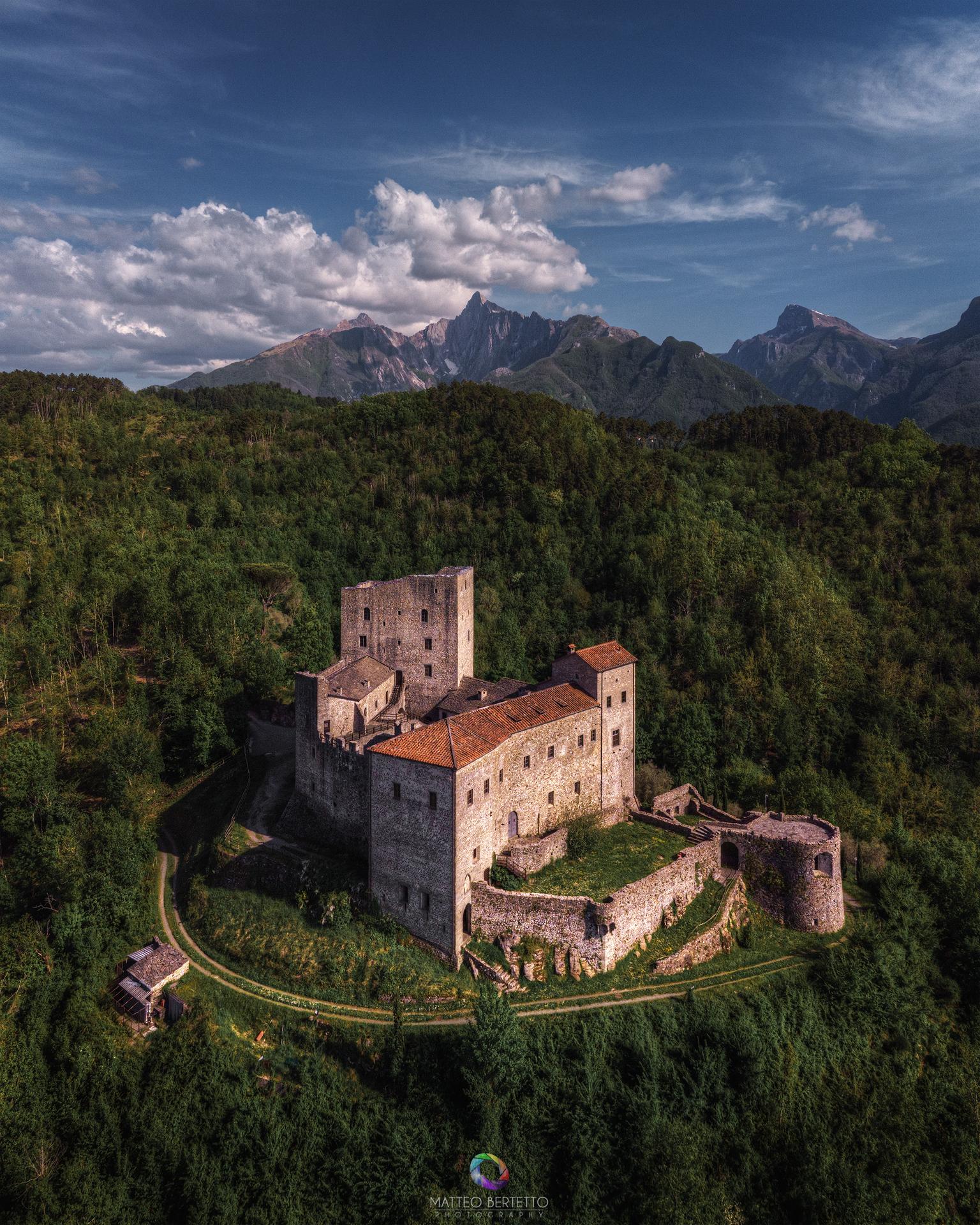 Castello dell'Aquila - Gragnola (MS)...