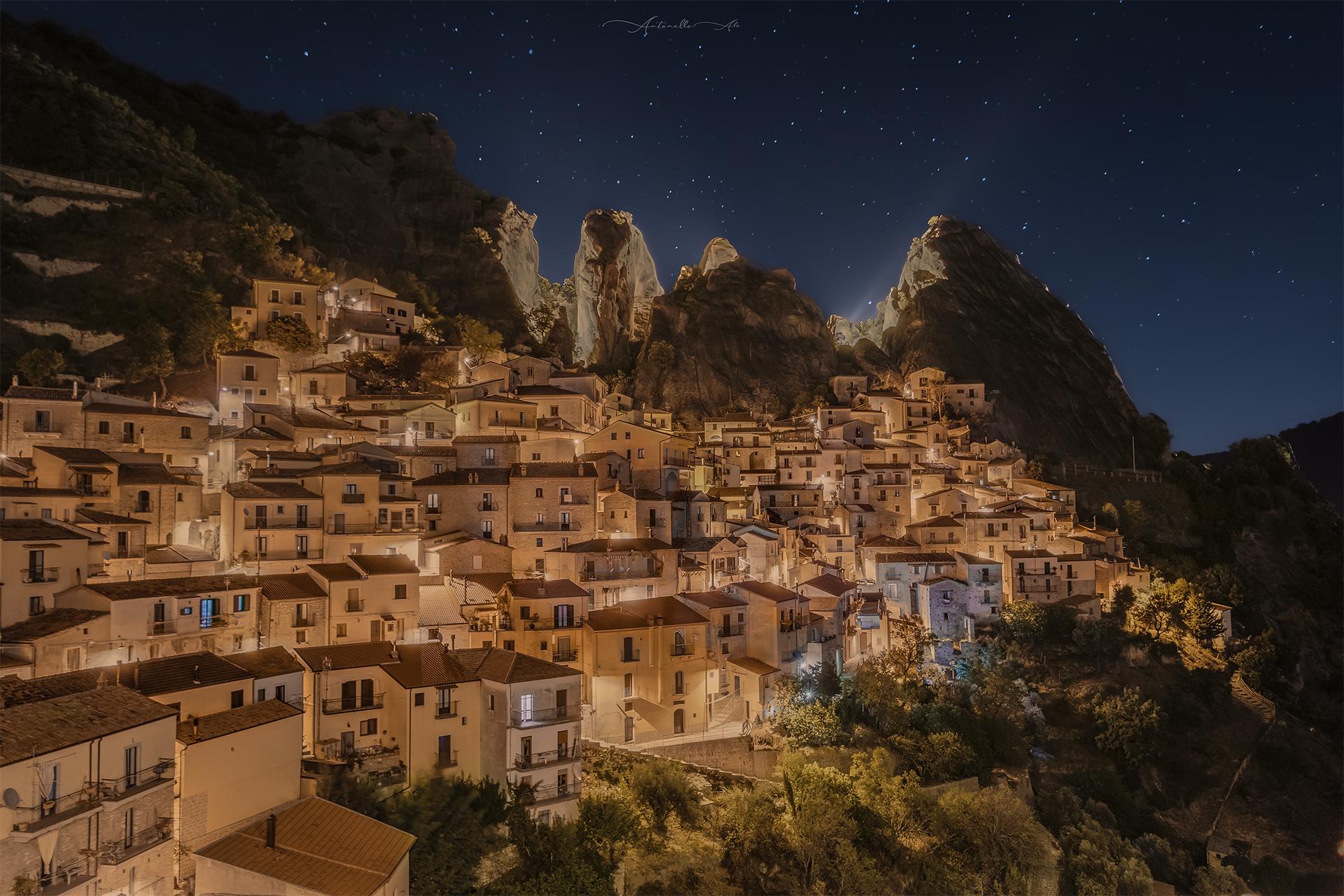 Castelmezzano in nottruna ...