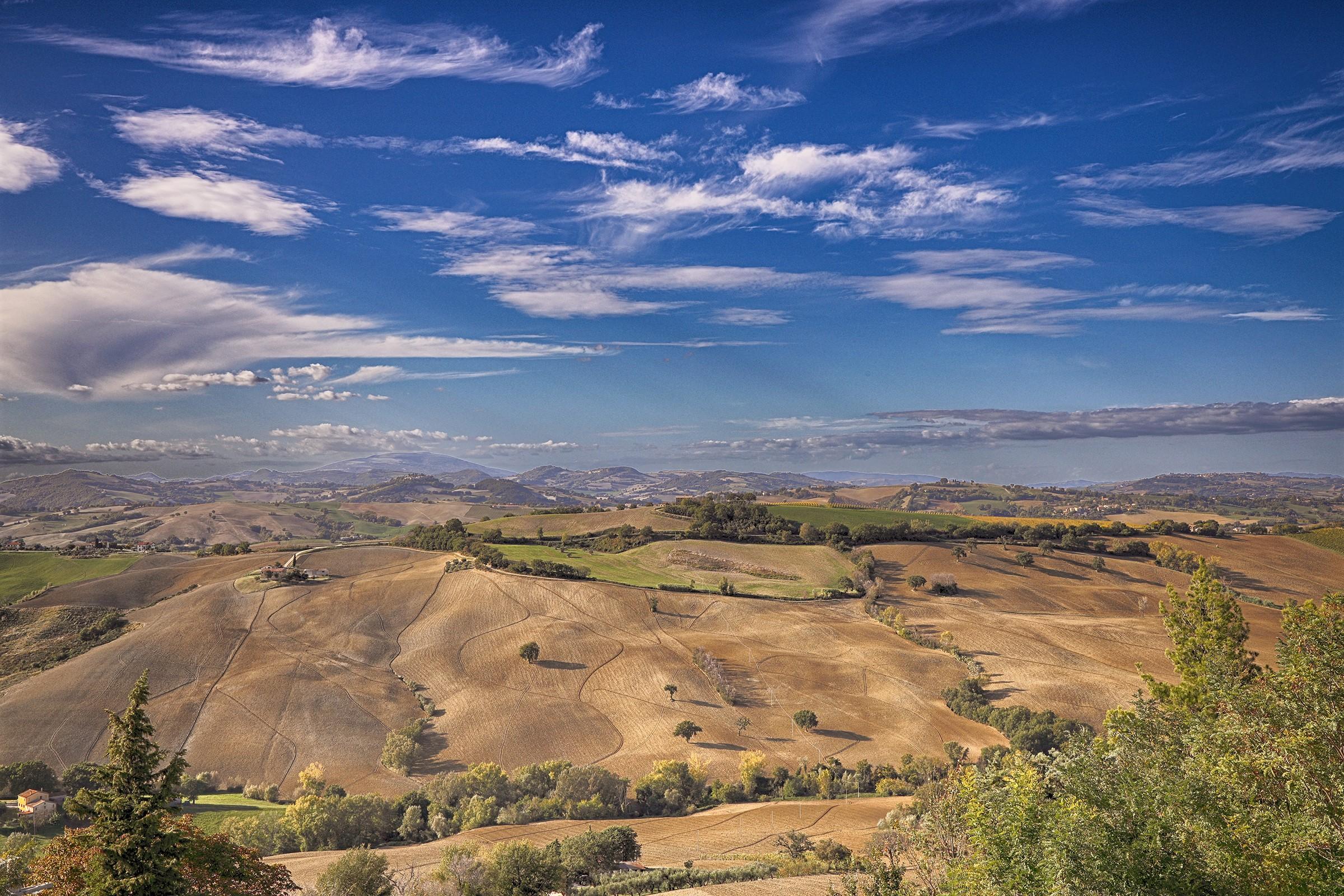 Hills of Pesarese...