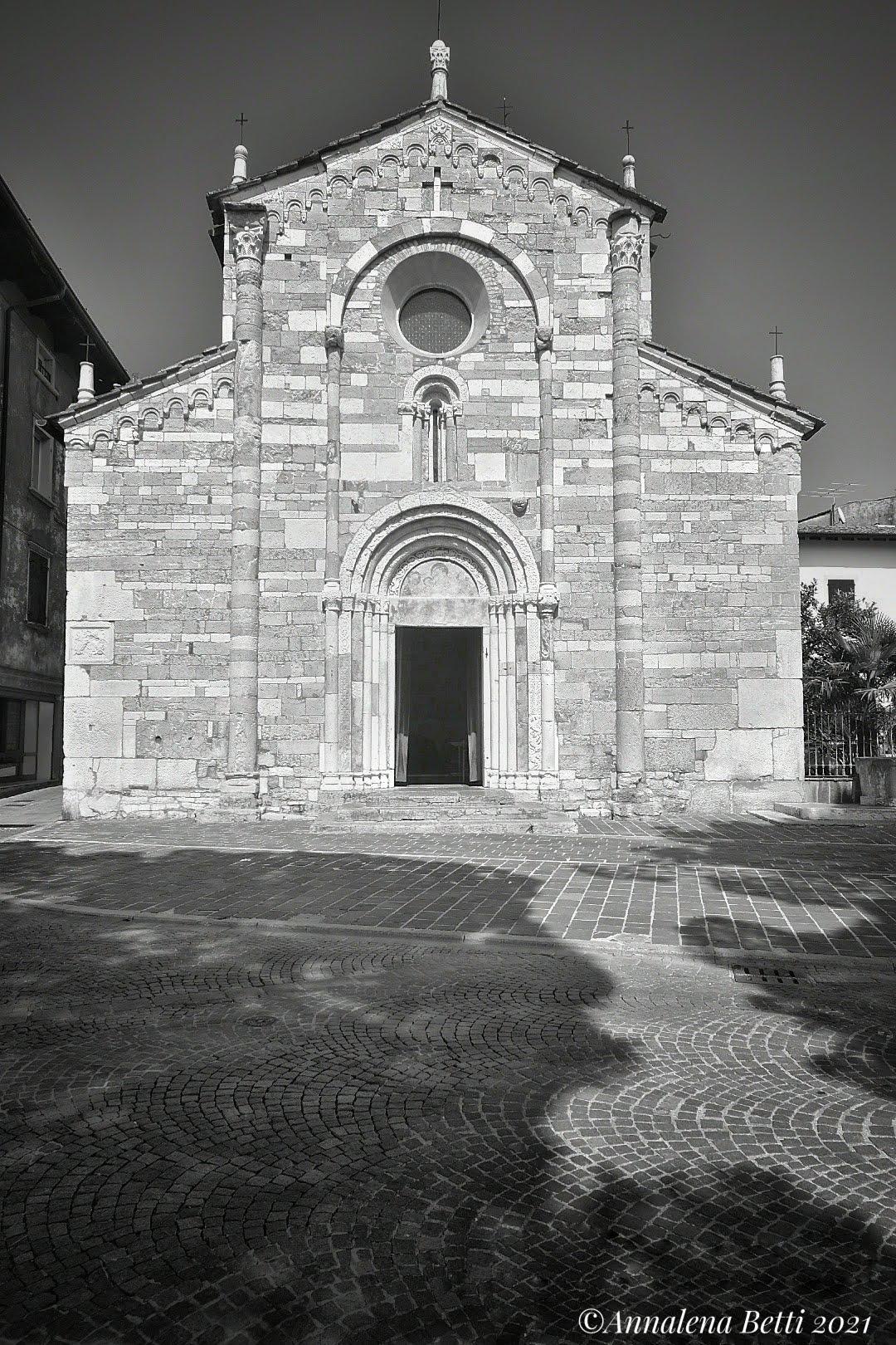 Romanesque church of Sant'Andrea in Toscolano Maderno ...